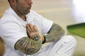 meditacion en carceles